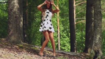 Кисюля в лесу