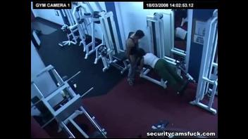 Русский секс в тренажерке, скрытая камера