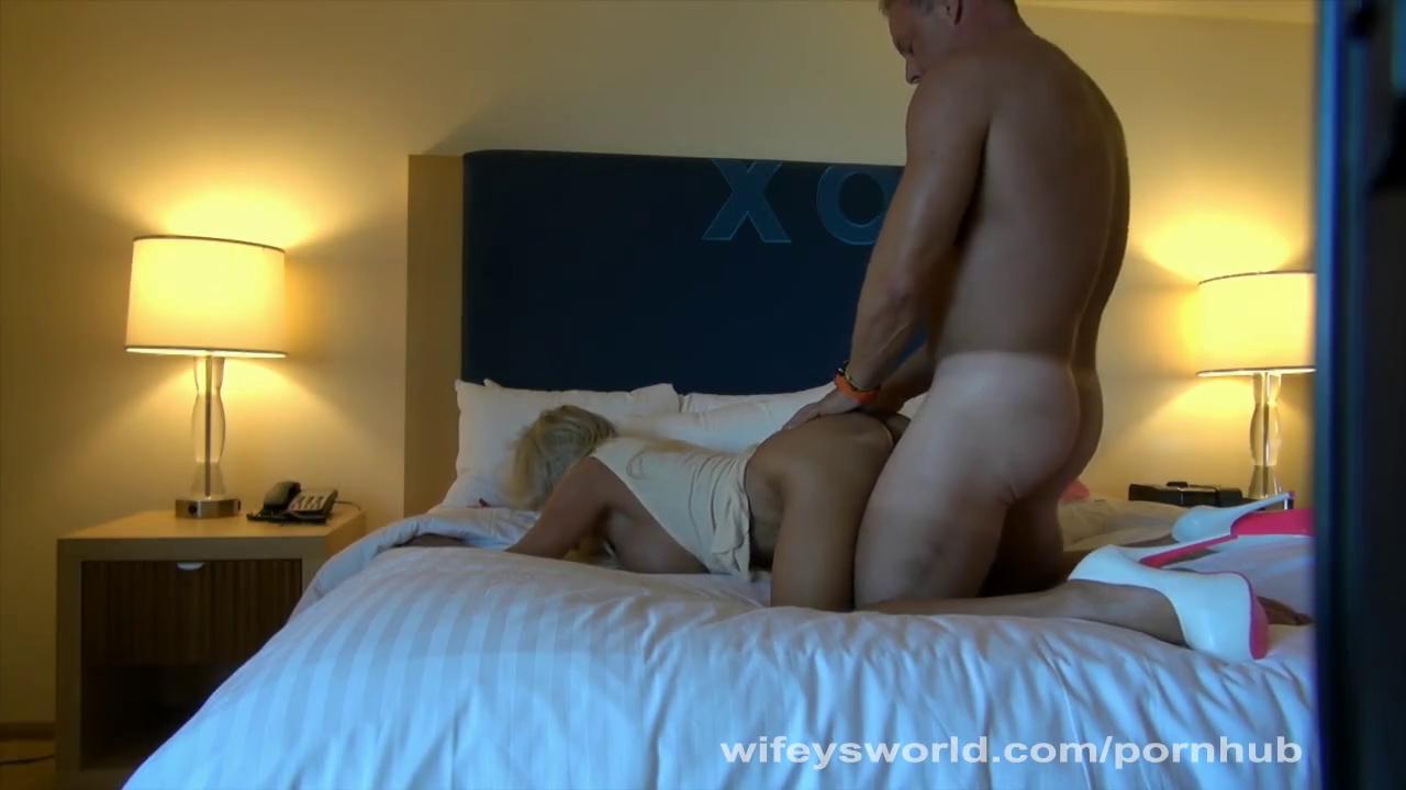 Сексуальный опыт зрелой парочки оказался заснятым на камеру