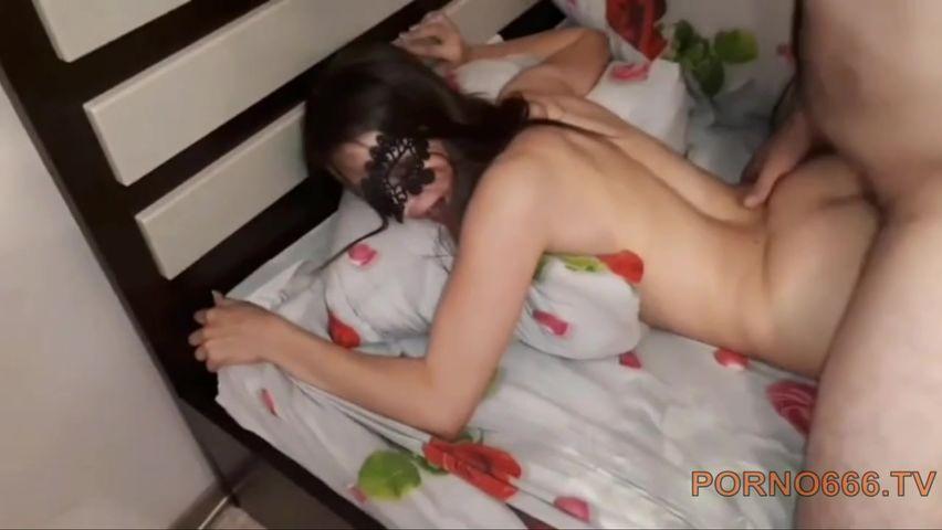Муж куколд попросил кавказцев чтоб они выебли его русскую жену сексвайф